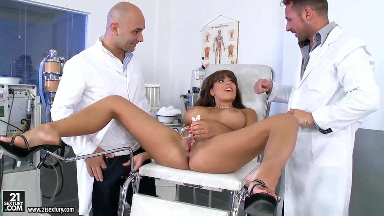 секс с гинекологом порно видео-га3